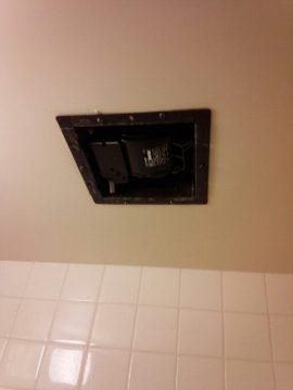 浴室の換気扇もクリーニングいたします!