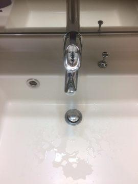 京都市中京区で浴室と洗面室クリーニング